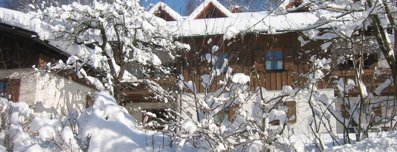 Winterliche Unterkunft Hittenpichl Ferienwohnungen in Bodenmais Bayerischer Wald